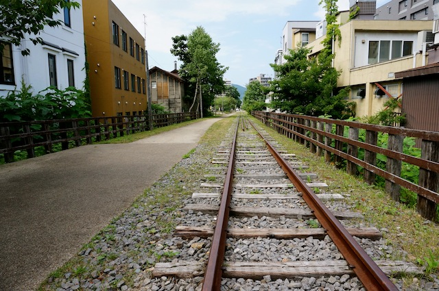07_Otaru_Traintracks